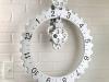 kikkerland-big-wheel-revolving-gear-wall-clock-1
